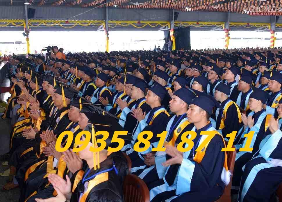 Aó tốt nghiệp Bình dương